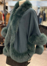 Load image into Gallery viewer, Cashmere Fox Fur Cape