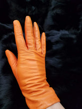 Load image into Gallery viewer, Italian Lambskin Leather Gloves