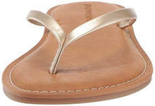 Load image into Gallery viewer, Metallic Women's Thong Sandal, Gold, 6 B US