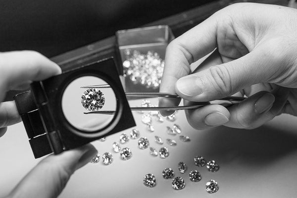 Identifying Moissanite