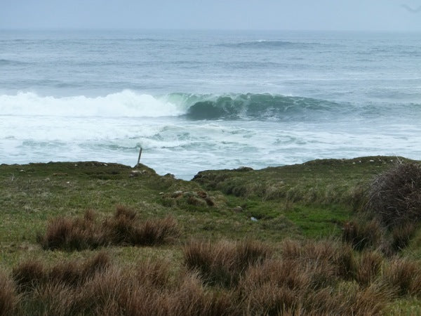 Another of many lefts grinding through unridden