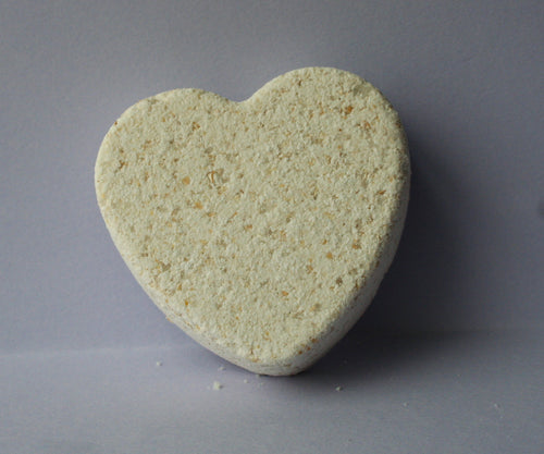 Rejuvenating oatmeal bath bomb