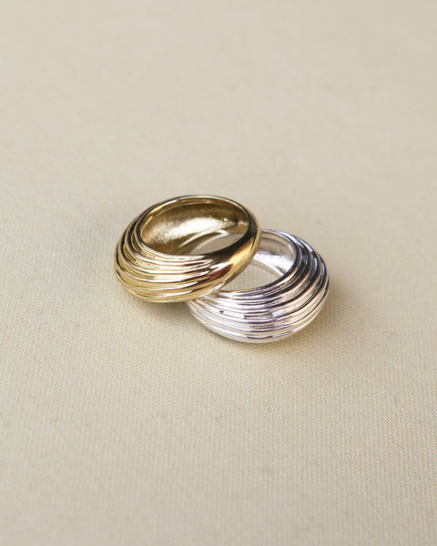 Wave Dome Ring- Gold