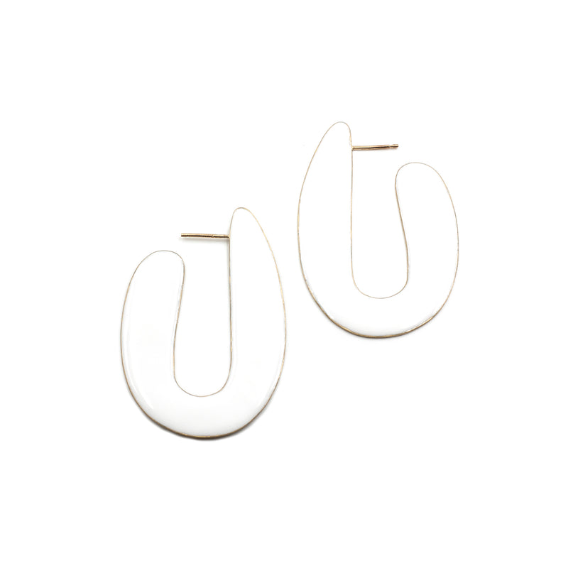 VASO curvy post earrings with resin accent