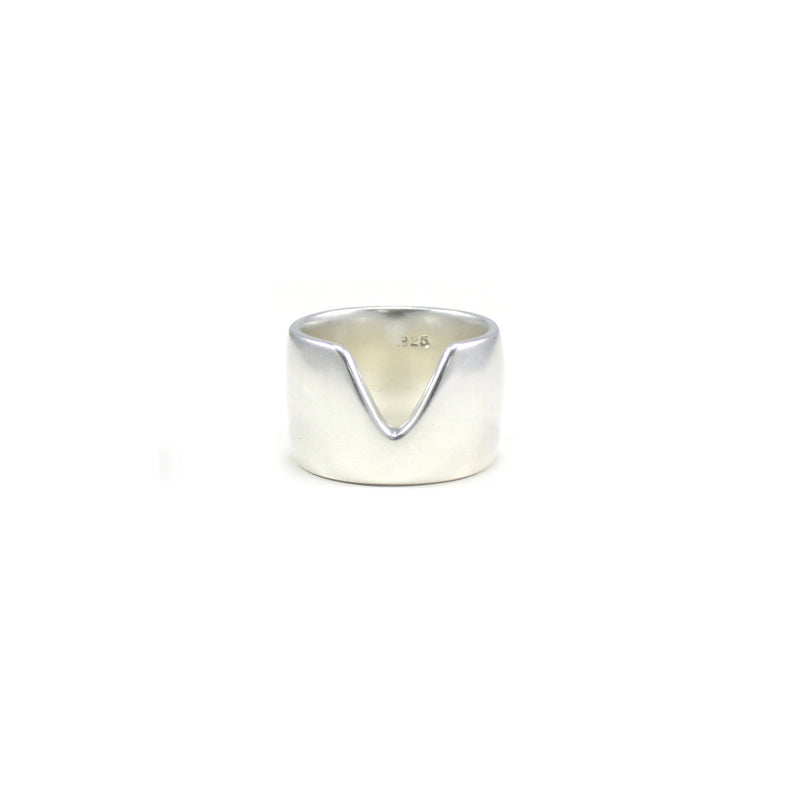 VERTEX band ring in recycled sterling silver from MGG Studio