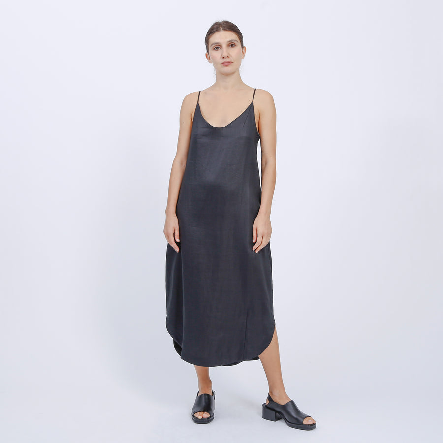 JOAN DRESS / BLACK