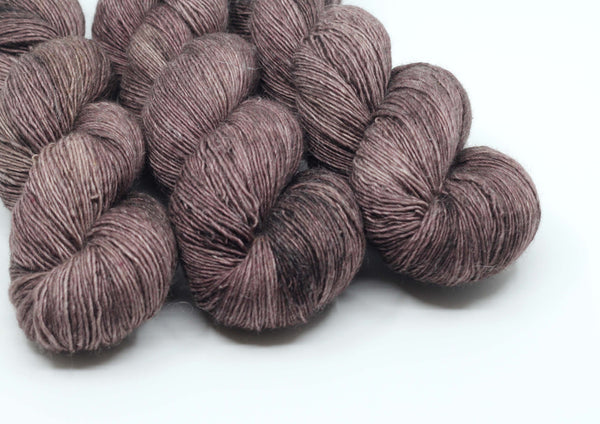 Bearish ~ Merlin NSW ~ Merino Linen Singles