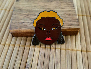 Naturally ME 3 © Lapel Pin