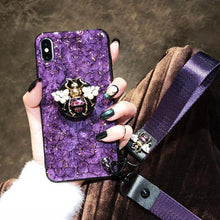 Load image into Gallery viewer, 2019 New Bee-shaped iPhone & Samsung & HUAWEI Case with PopSockets and Hairball and 2 Lanyards - hotbuyy