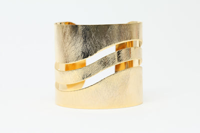 Avenue Chic Open Wave Cuff Bracelet - The Gathering Shops