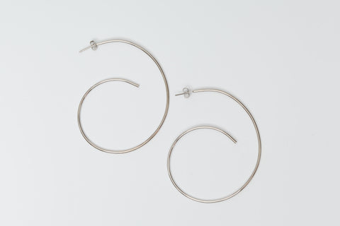 Avenue Chic Swirl Plain Earrings - The Gathering Shops