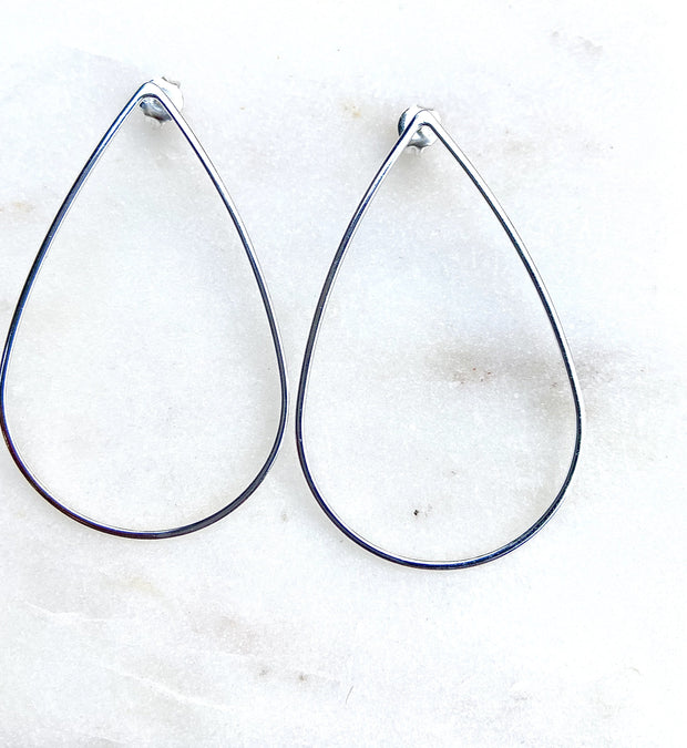 Lily Max Tear Drop Line Silver Earrings - The Gathering Shops