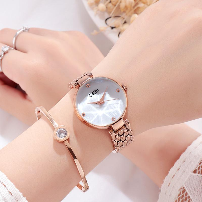 Simple and Stylish Lady Quartz Watch