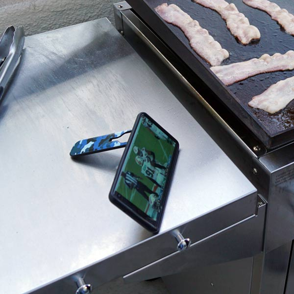 flickstick Watch football while grilling