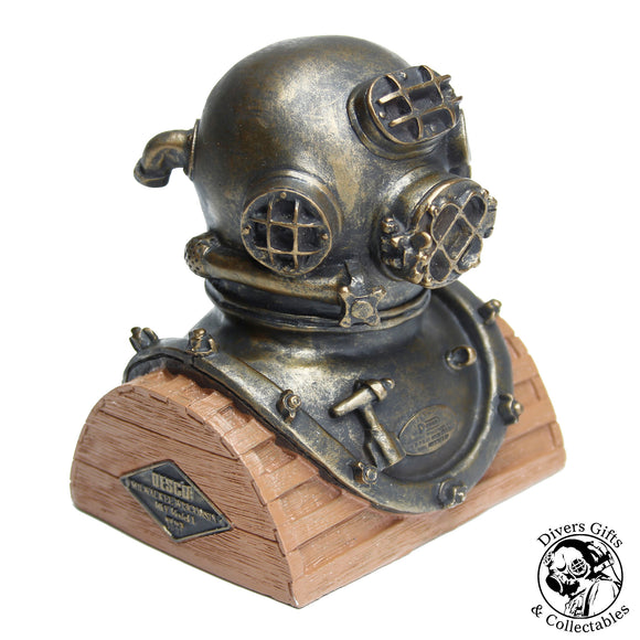 Paperweights - Divers Gifts