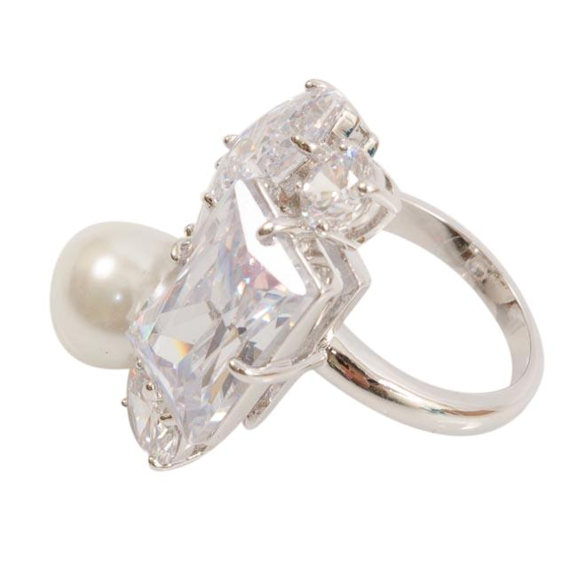 Blue by Betsey Johnson Faux Pearl Crystal Ring - 6.75 JEWELRY Blue by Betsey Johnson 6.75