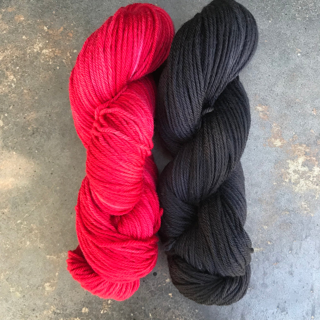 university of Arkansas white and red team spirit school college color yarn