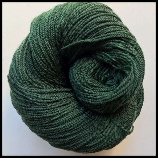 University of Oregon green color yarn