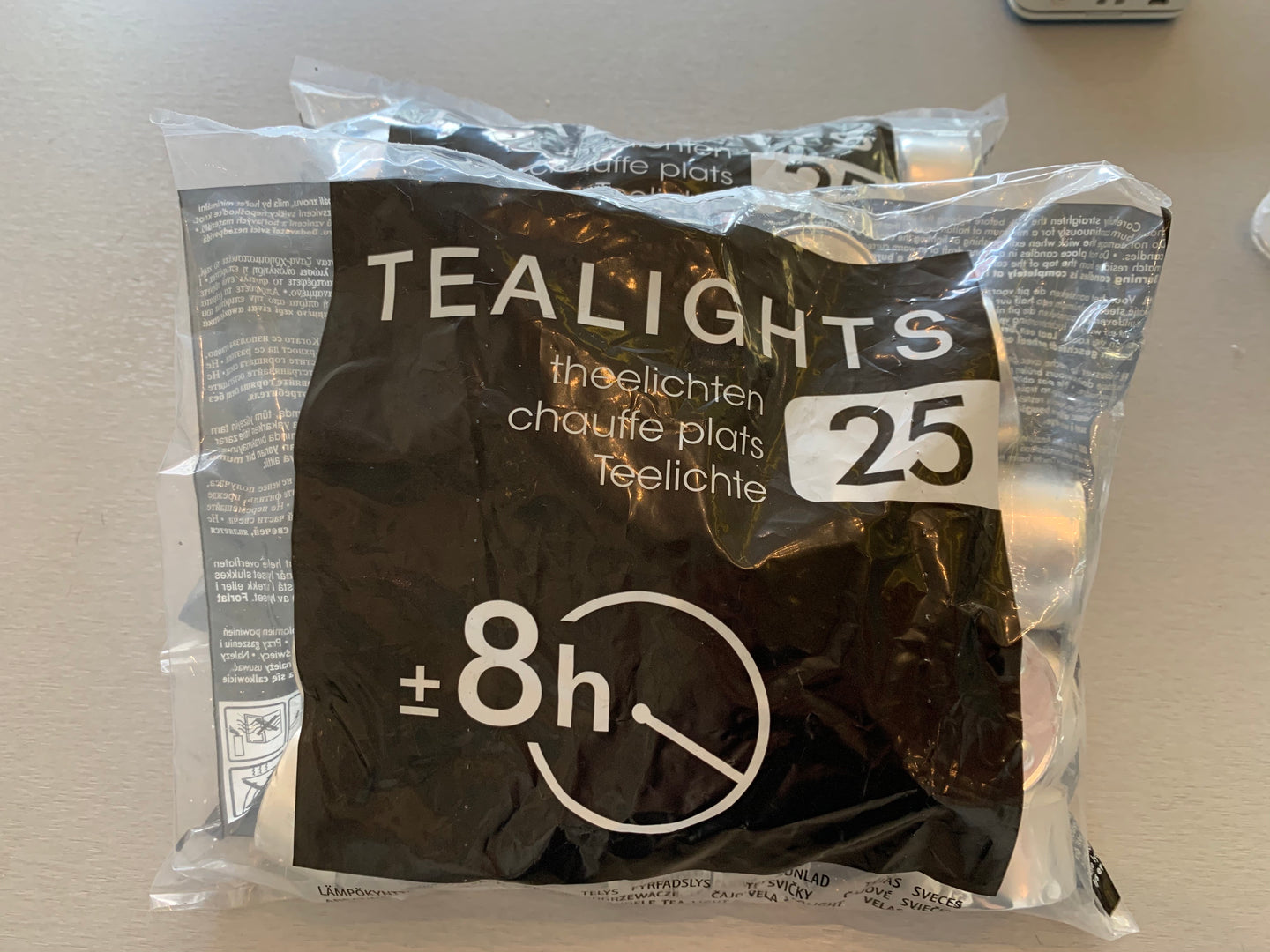 TEA LIIGHTS