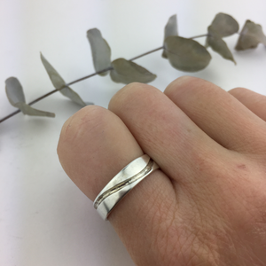 Wave groove silver ring