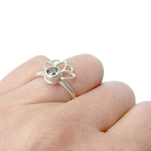 Pale purple Spinel Silver Lotus Fan ring