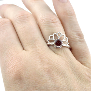 Purple Spinel Lotus Fan Silver ring