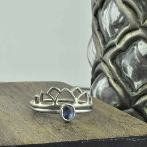 Platinum Blue Oval Sapphire ring.