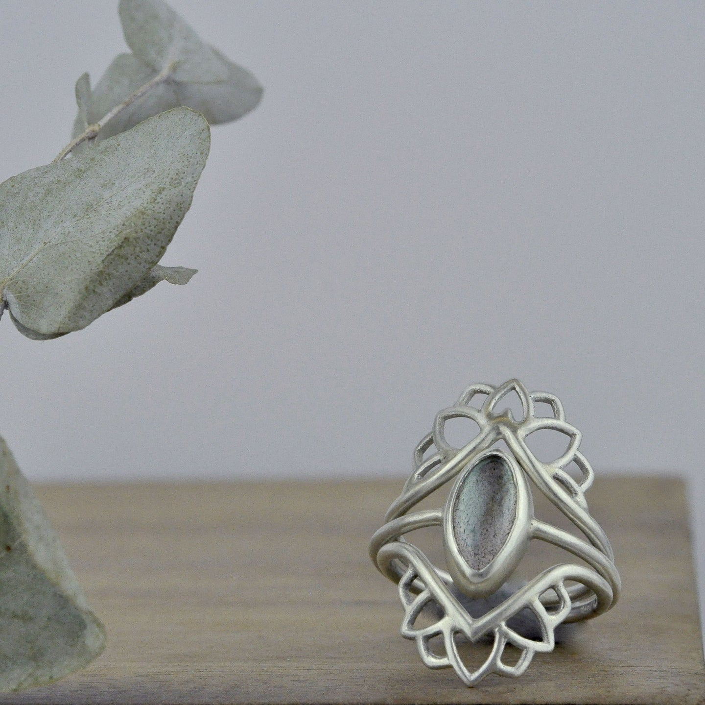 Labradorite silver Marquise fitted statement ring set.