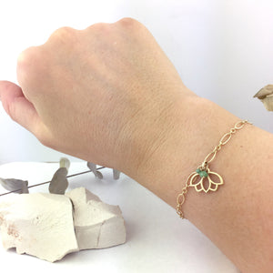 9ct Yellow Gold Lotus charm Emerald on bracelet, May Birthstone.