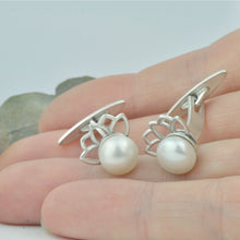White Pearl Lotus Silver cufflinks