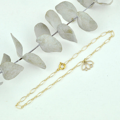 Anklet 9ct yellow gold lotus charm, gold fill chain. Optional birthstone beads.