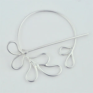 Sterling Silver Celtic brooch scarf or hair pin pennanular style.