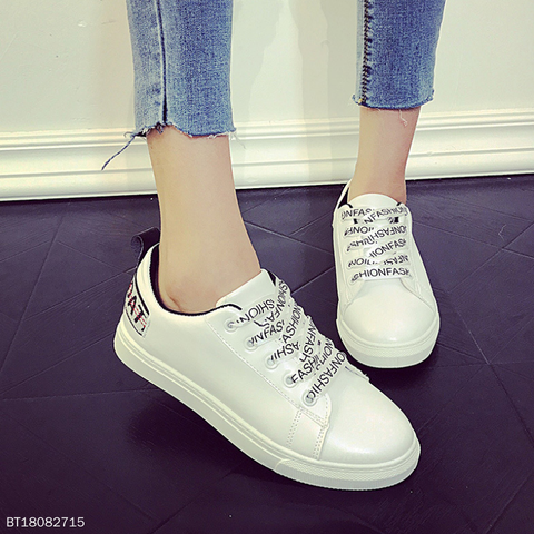 College Style Comfort Casuals Lace-Up Flats & Sneaker