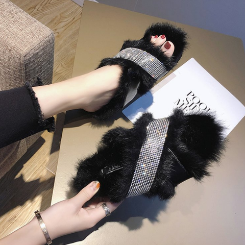 Stylish Women Plain Slipper Fur Warm Slipper