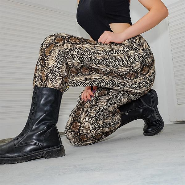Wild Snake Pattern Loose Beam   Casual Pants