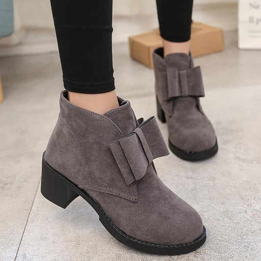 Plain  Chunky  High Heeled  Velvet  Round Toe  Casual Outdoor  Short High Heels Boots