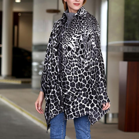 Leopard Printed Fashion Scarf