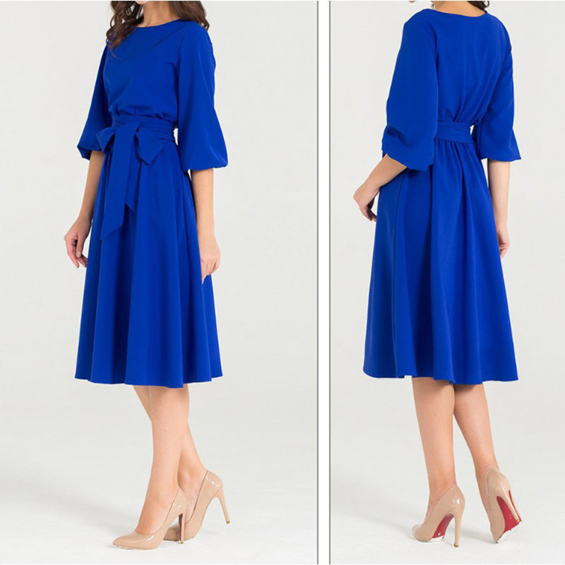Elegant solid color tie with round neck skater dress
