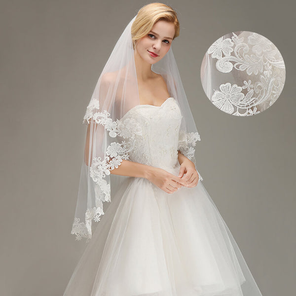 1.5M Lace Edge Short Wedding Veil with Comb Two Layers Tulle Bridal Veil Wedding Accessories