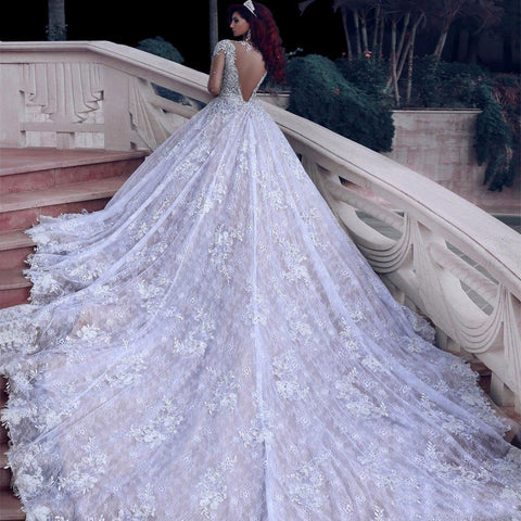 Luxurious Wedding Dress Long Sleeves  Ball Gown Beading Dubai Arabic Muslim Wedding Gowns Bridal Dresses