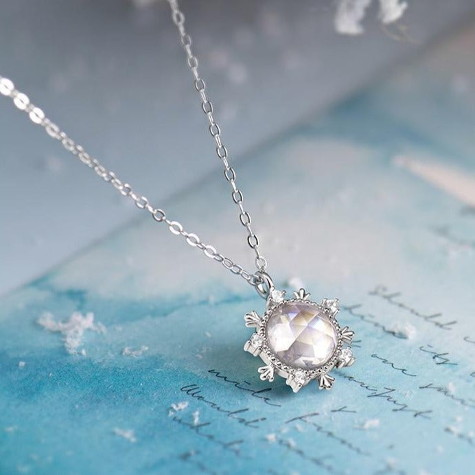 Snow Crystal: The Necklace - Braceletts.eu
