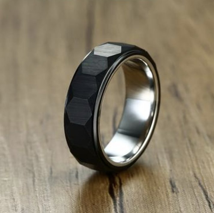 {TC} Unique Hexagon Tungsten Carbide Ring - Braceletts.eu