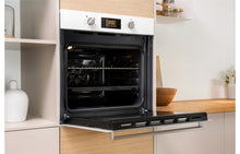 Load image into Gallery viewer, Indesit IFW 6340 B/I Single Electric Oven
