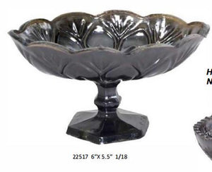 Obsidian Glass Scalloped Bowl