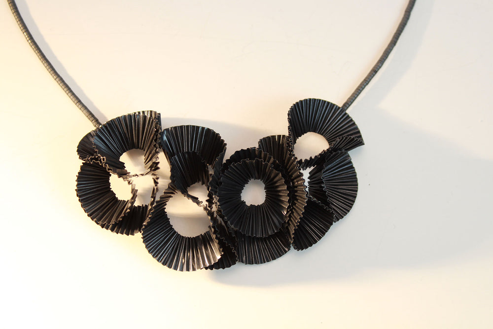 Necklace, black