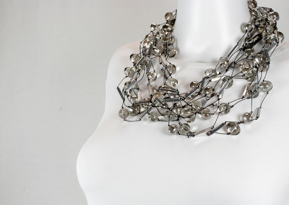 Necklace, silver smoky