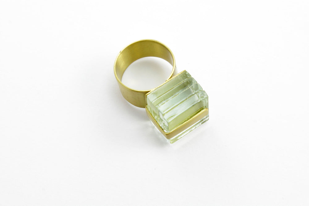 Ring, transparent glass