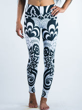 Load image into Gallery viewer, Abstract Flowers Zen Doodle Art Leggings