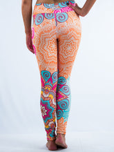 Load image into Gallery viewer, Inspiring Hindu Line Art Design Leggings