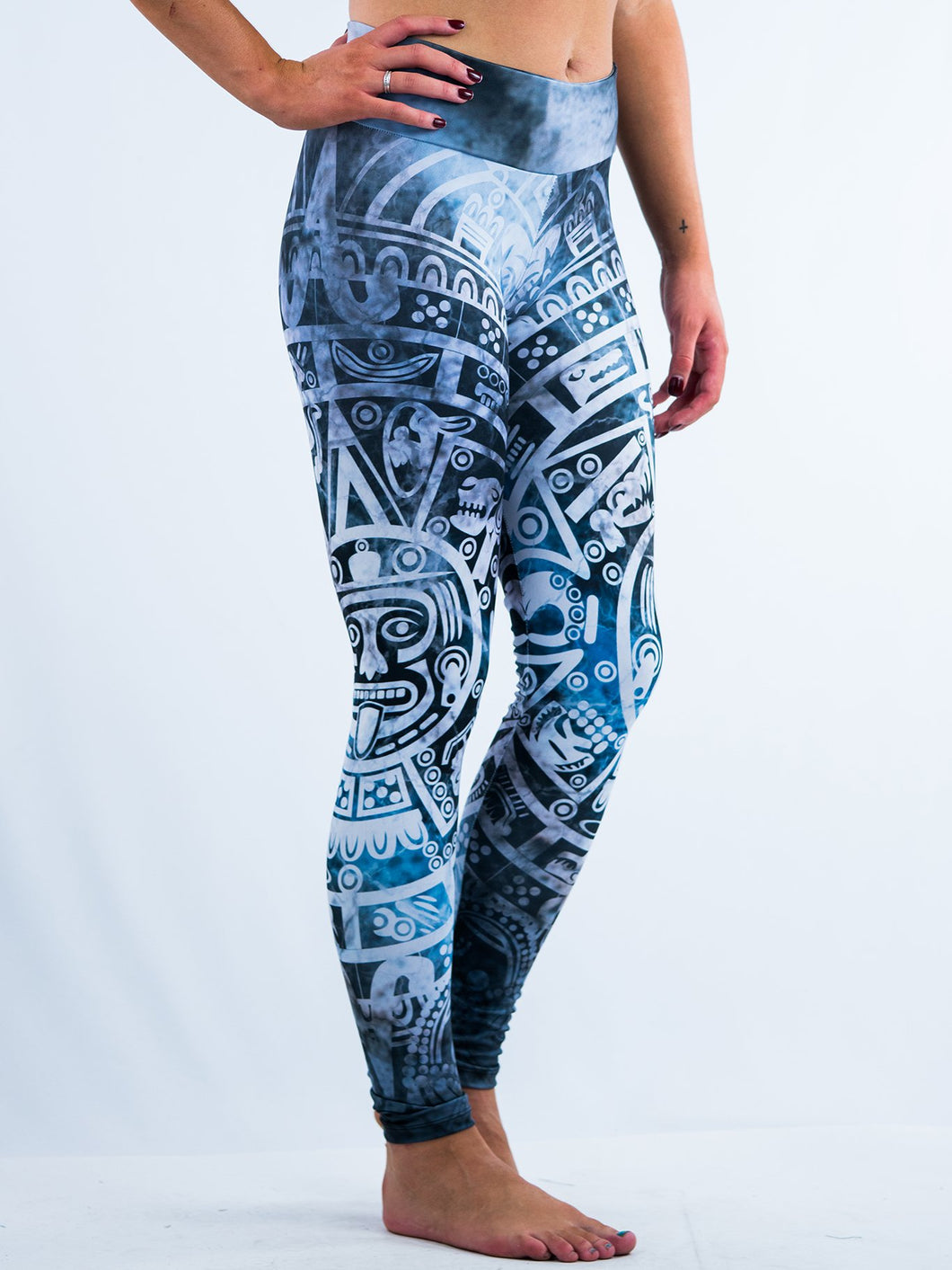 Inspiring Totemism Design Leggings